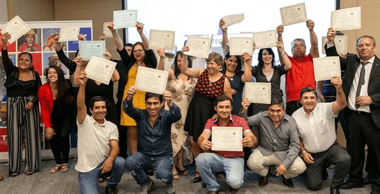 egresados-cuarto-medio-laboral-2019-1.png